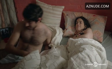 ABBI JACOBSON in Broad City