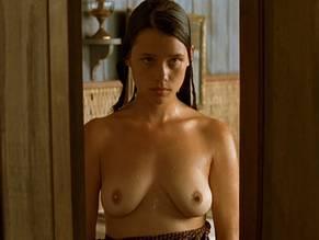Astrid bergès-frisbey nude