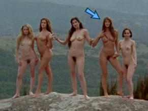 bikini elle macpherson nude scenes