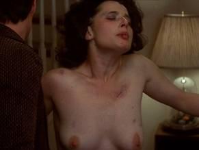 Hutson nackt Tracy  Naked Carolyn