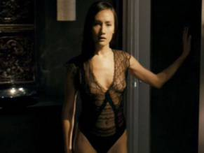 q pic Maggie nude