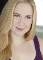Lauren Schwartz  nackt