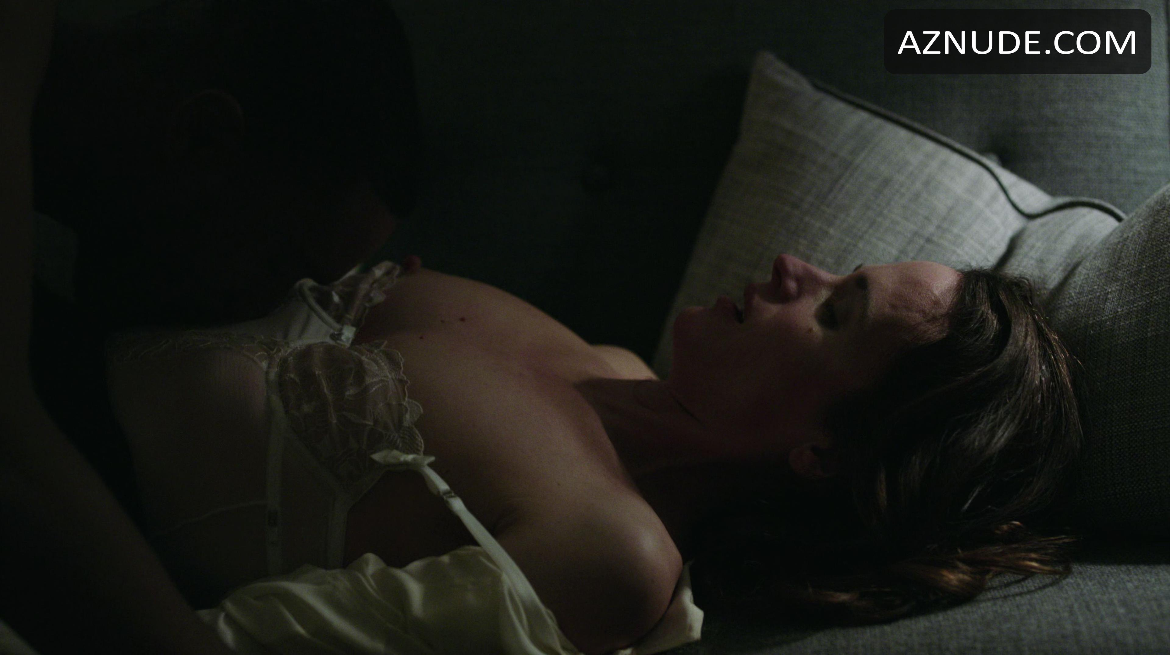 naked images of elizabeth reaser