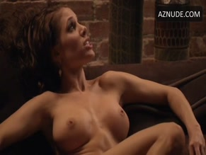 ERIKA JORDAN in ZANE'S THE JUMP OFF (2013)
