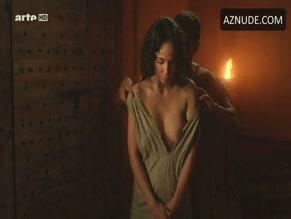 Karina testa and joana barrios in odysseus s01e03 - 1 part 8