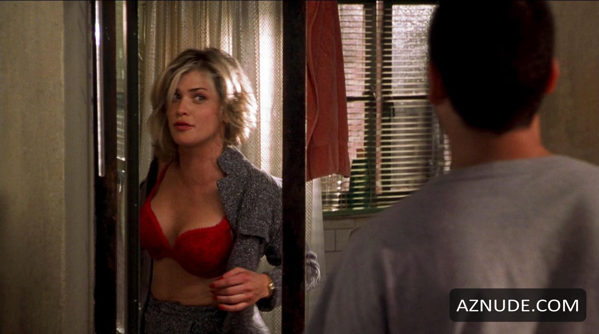 beauriful women having anal