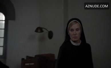 LILY RABE in American Horror Story