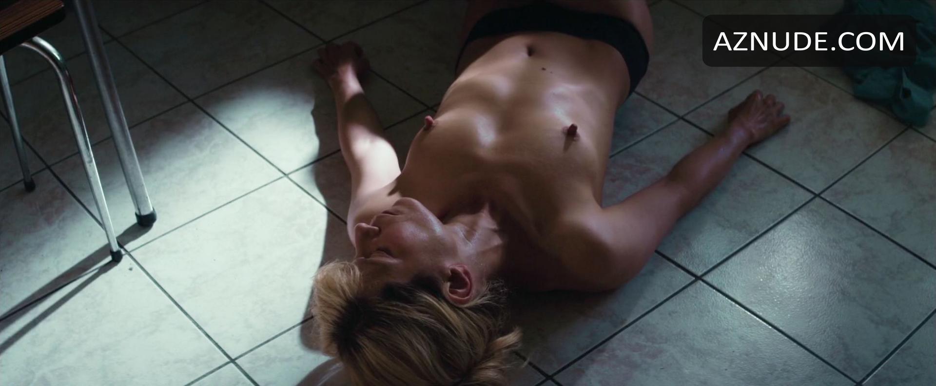 Marina Foïs Nude