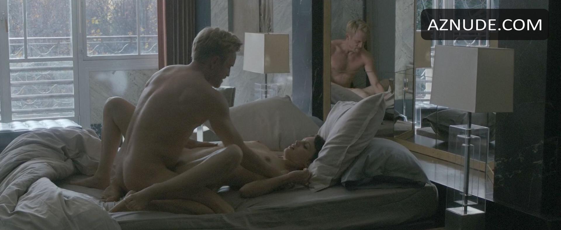 Porno photo Marcella anal fisting
