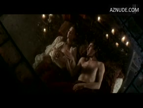 ROBIN WRIGHT in MOLL FLANDERS(1996)