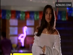 ROSELYN SANCHEZ in BOAT TRIP(2002)