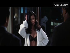 ROSELYN SANCHEZ in RUSH HOUR 2(2001)