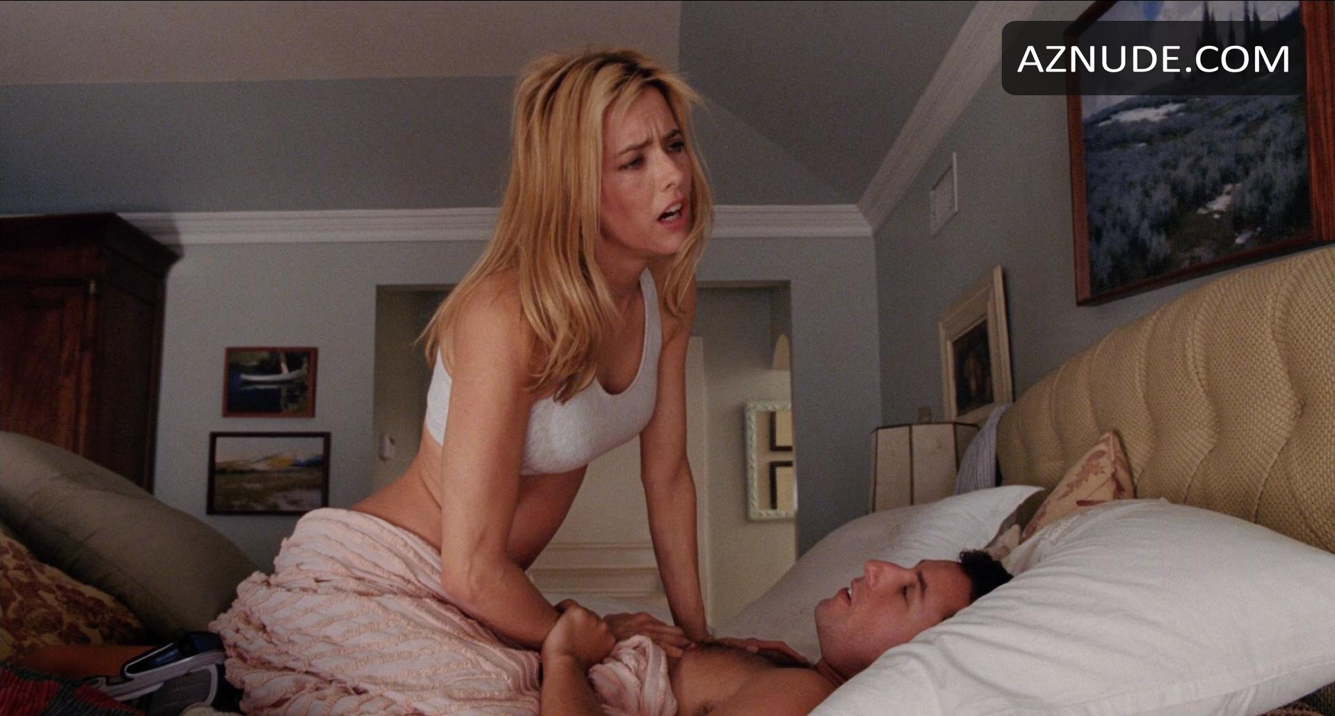 Tea Leoni naked pictures