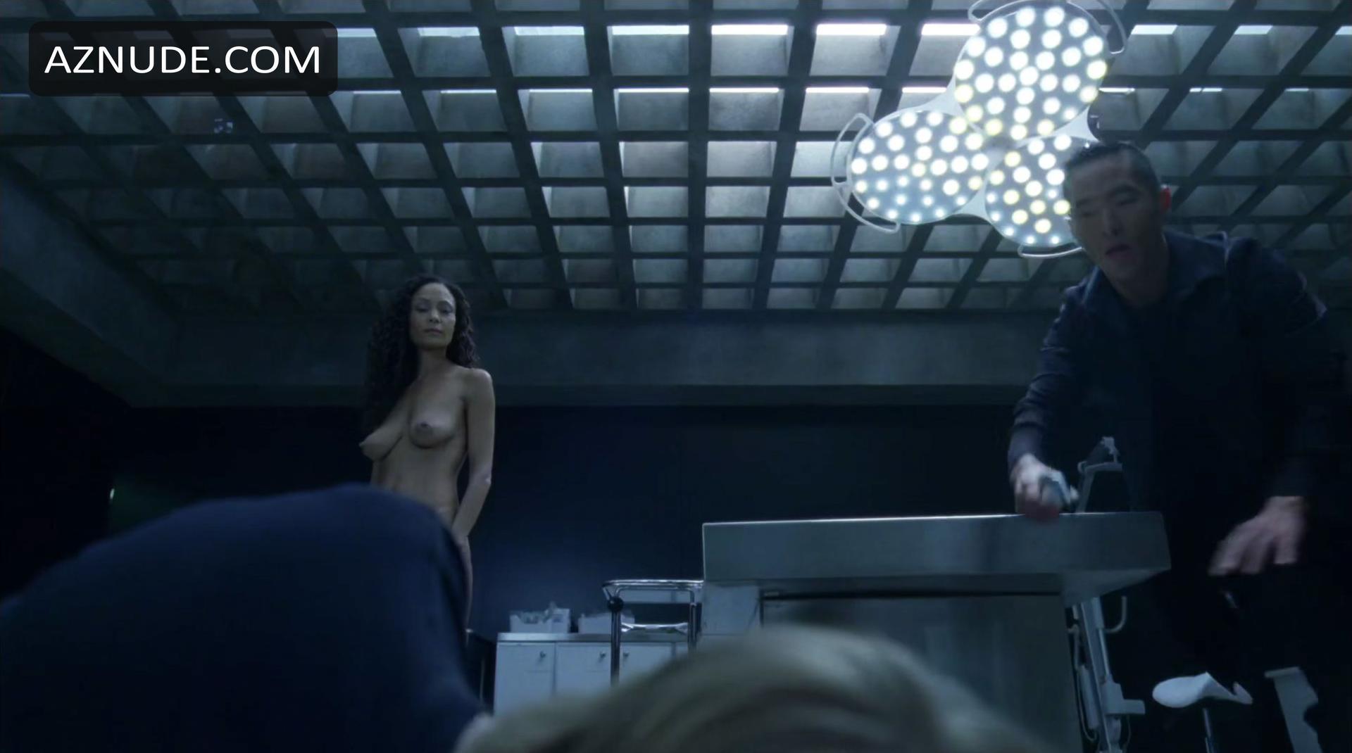 Thandie newton and angela sarafyan in westworld s01e07 - 2 part 10