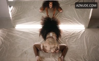 WINNIE HARLOW NUDE/SEXY SCENE IN LOVE ADVENT
