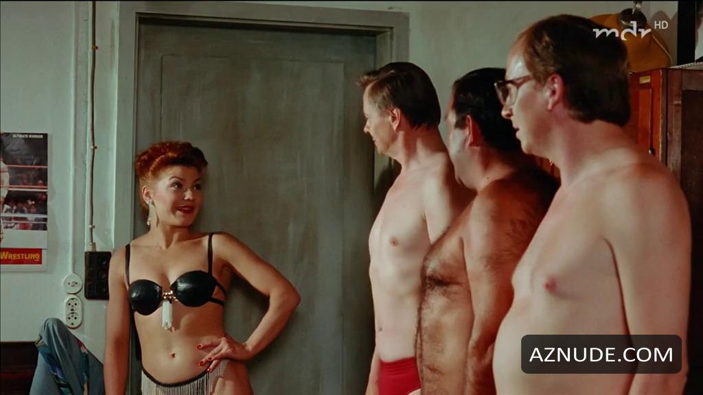 Naked schmutzler Claudia Schmutzler