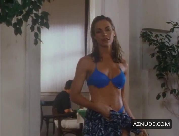 Cindy ambuehl nackt
