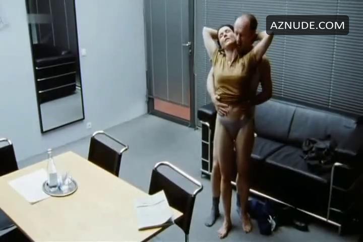 Schiffel nude anja Anja Nejarri