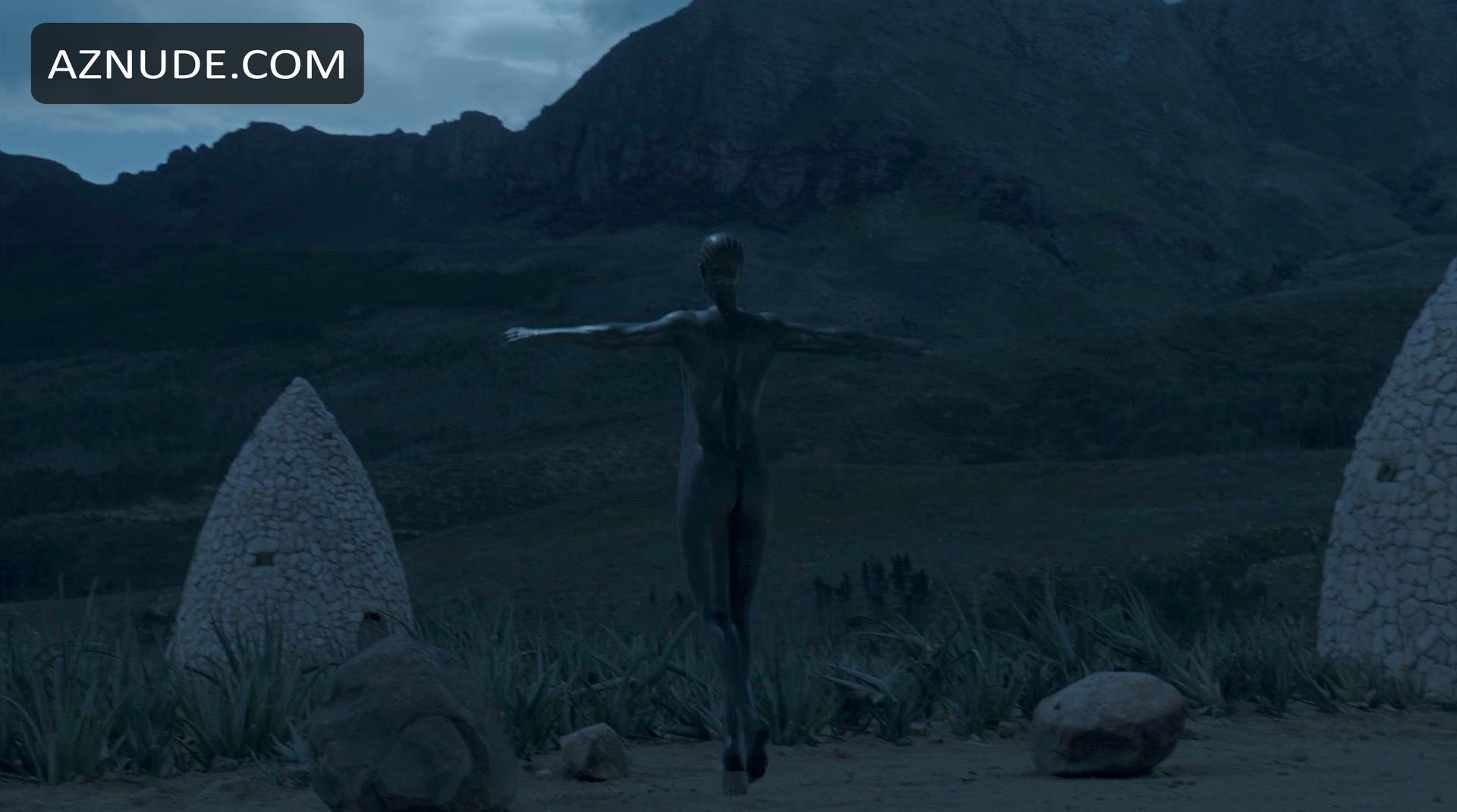 Collin nackt Amanda  Nudity in