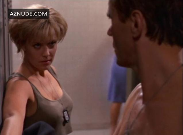 Amanda tapping nude in the void