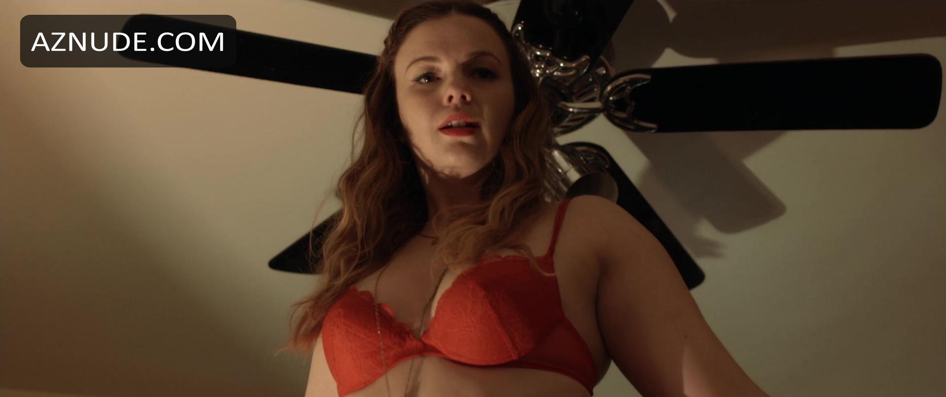 Amber tamblyn boobs