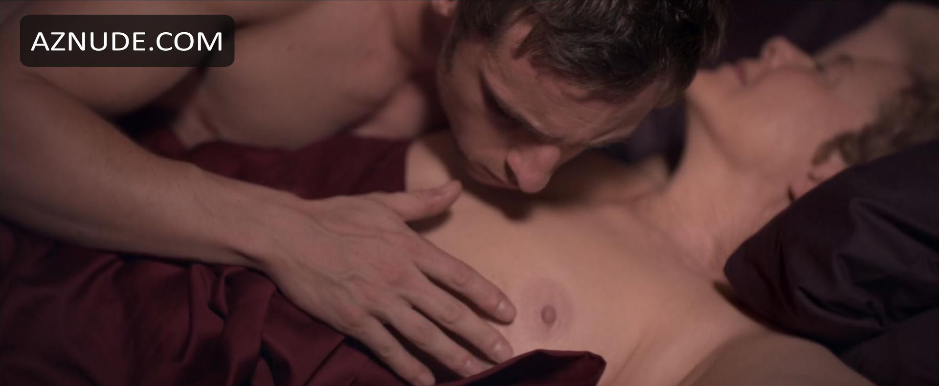 Bening nude annette Annette Bening