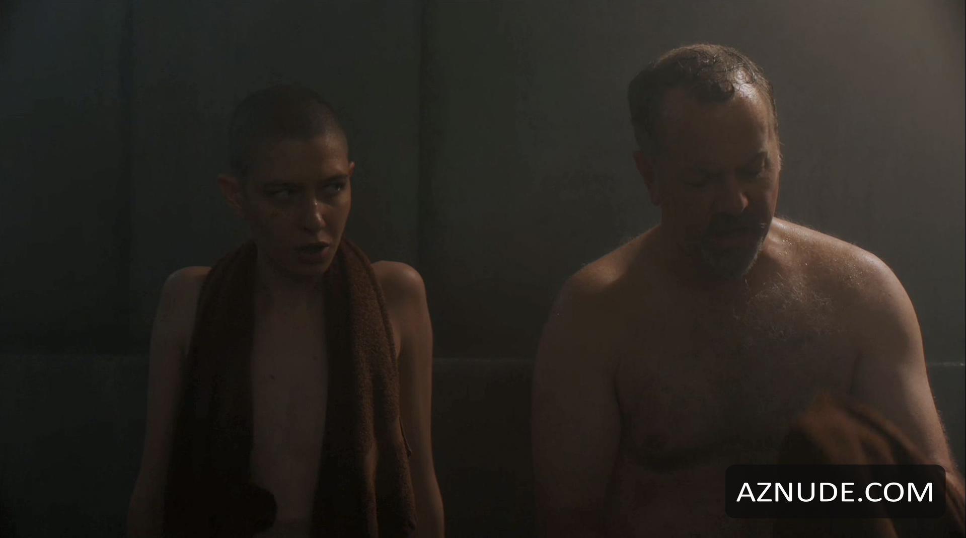Asia Kate Dillon  nackt