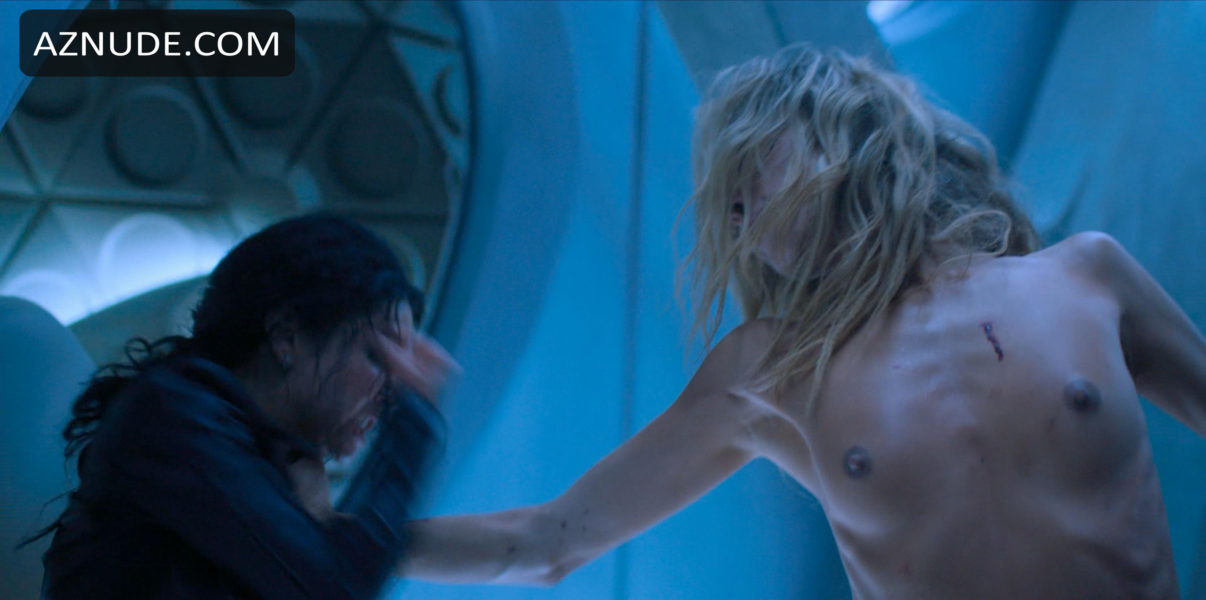 Naked lachman 'Altered Carbon'