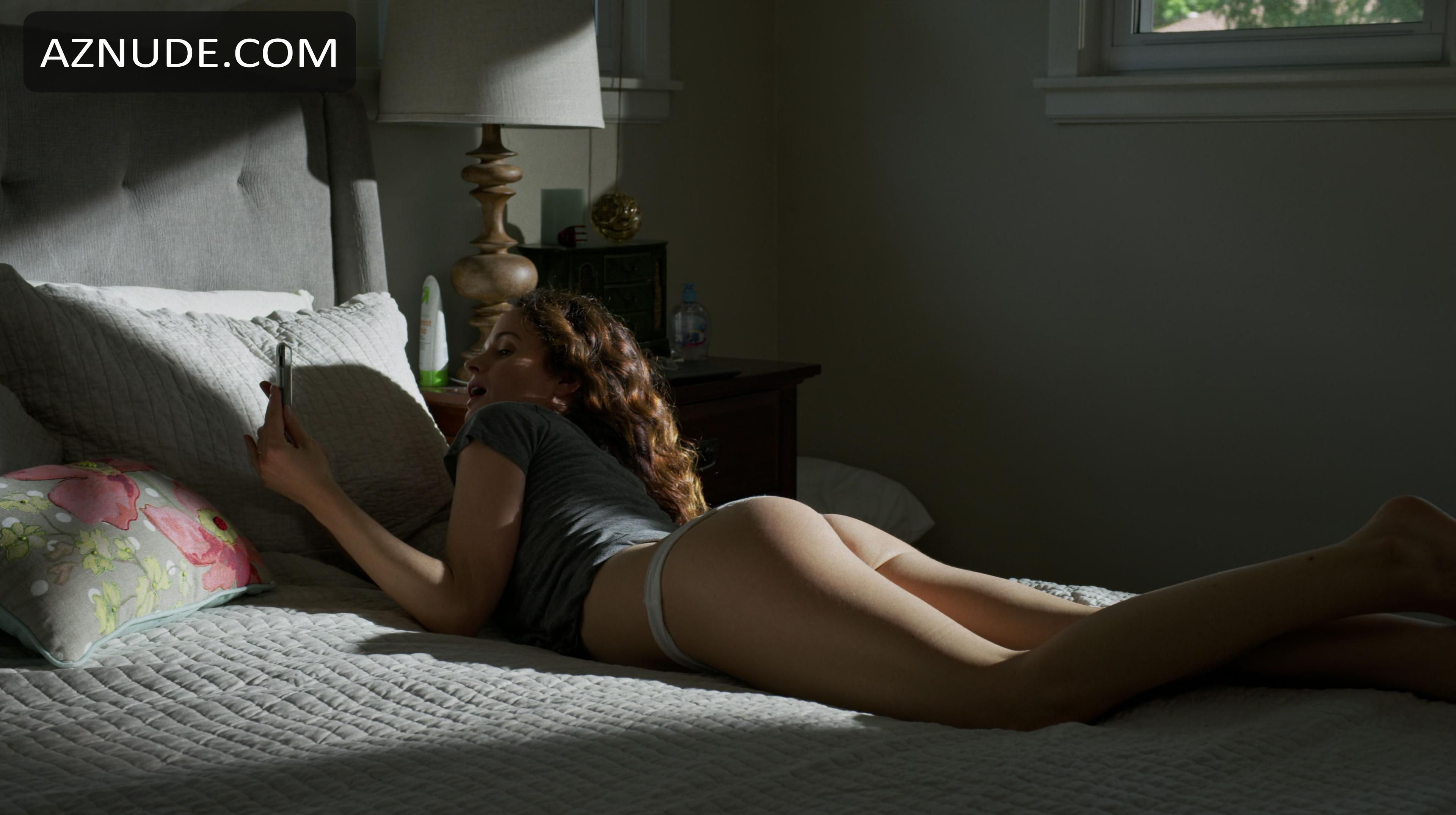 Elizabeth reaser nackt