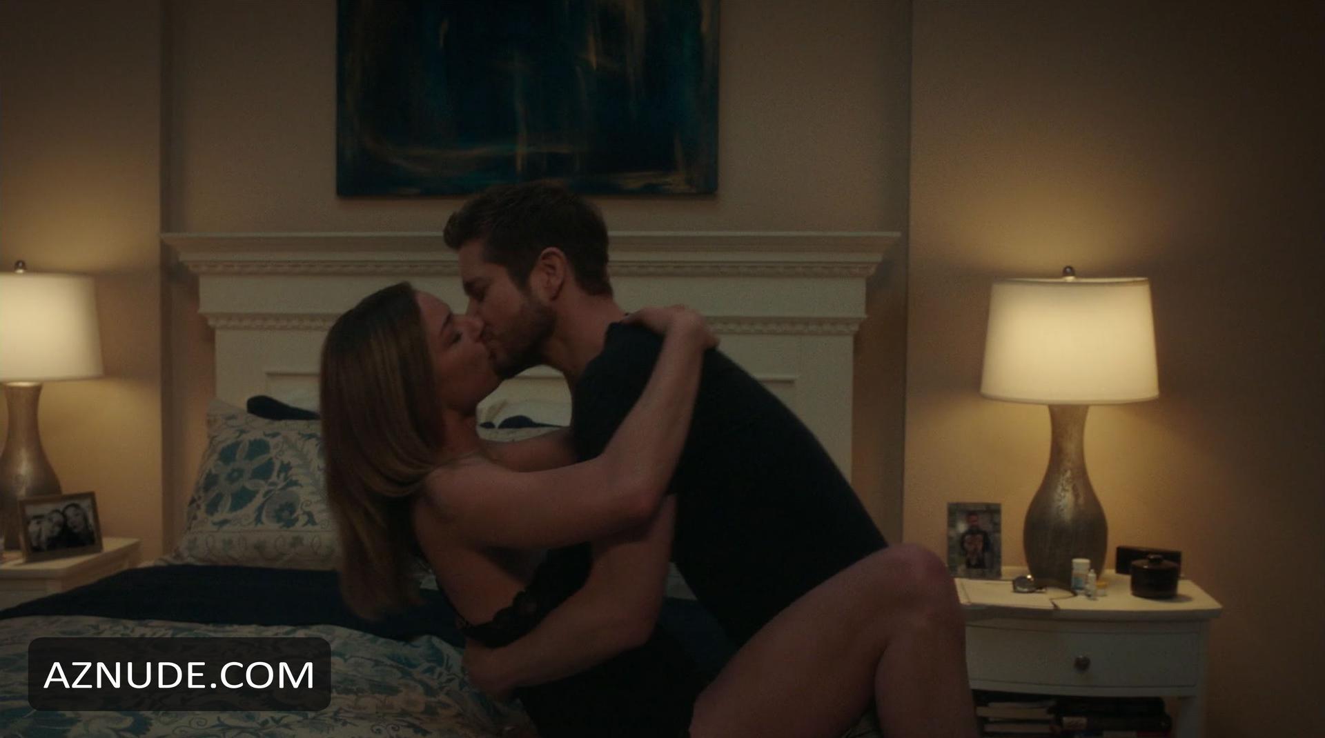 Porn Pics and Movies emily vancamp sex