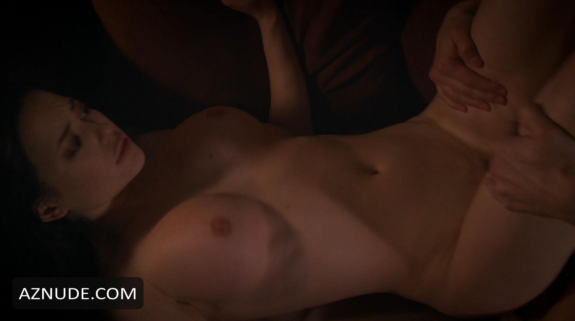 Nackt Megan Medellin  sexy Mädchen