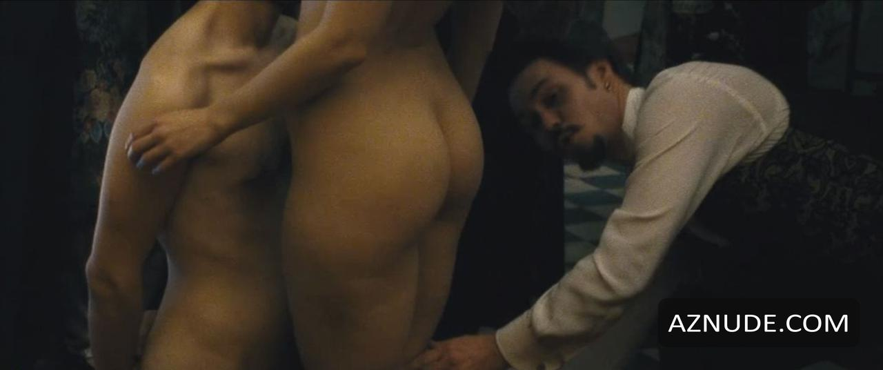 Peri baumeister nackt