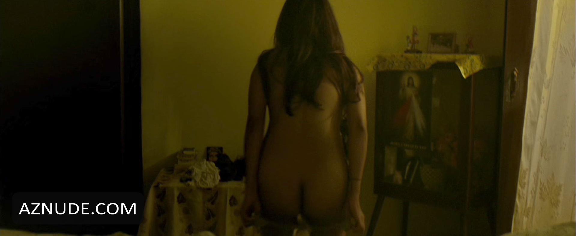 Stephanie Crousillat  nackt