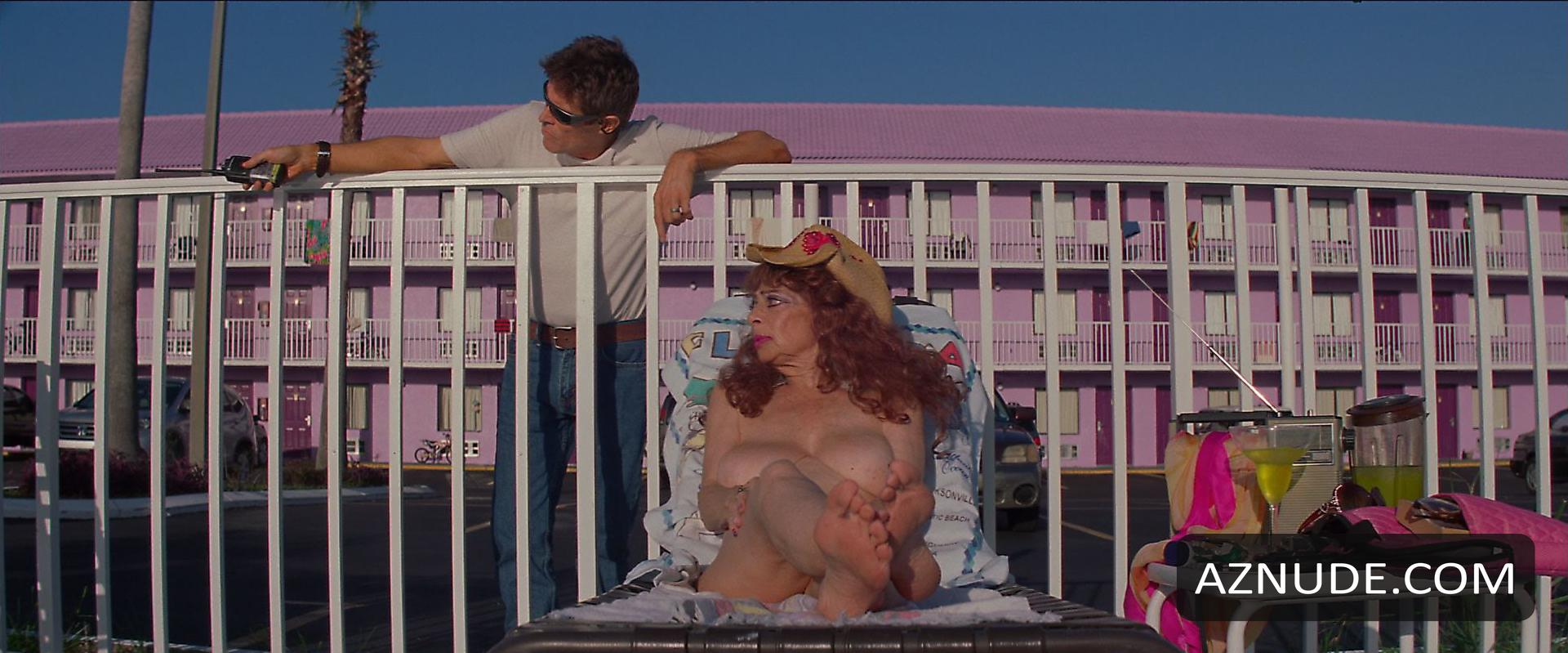 Sandy nackt Kane Porn Videos