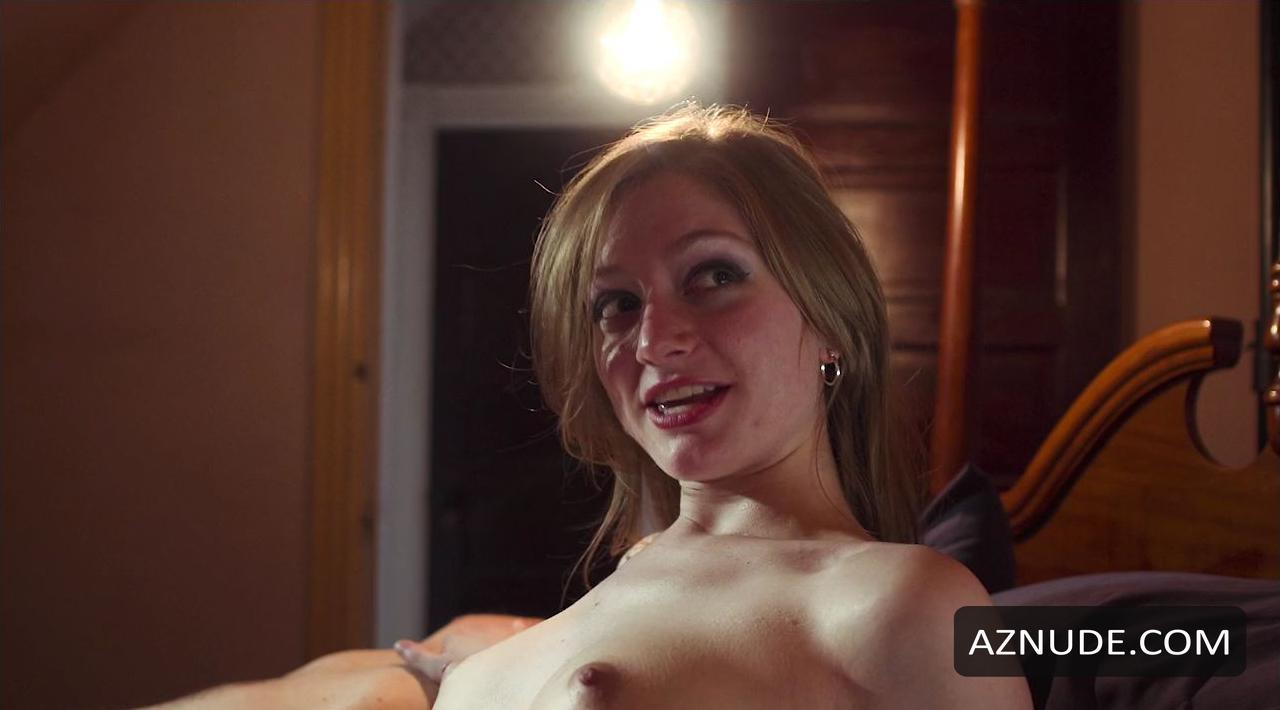 Nackt  Sarah Reed Sarah Reed