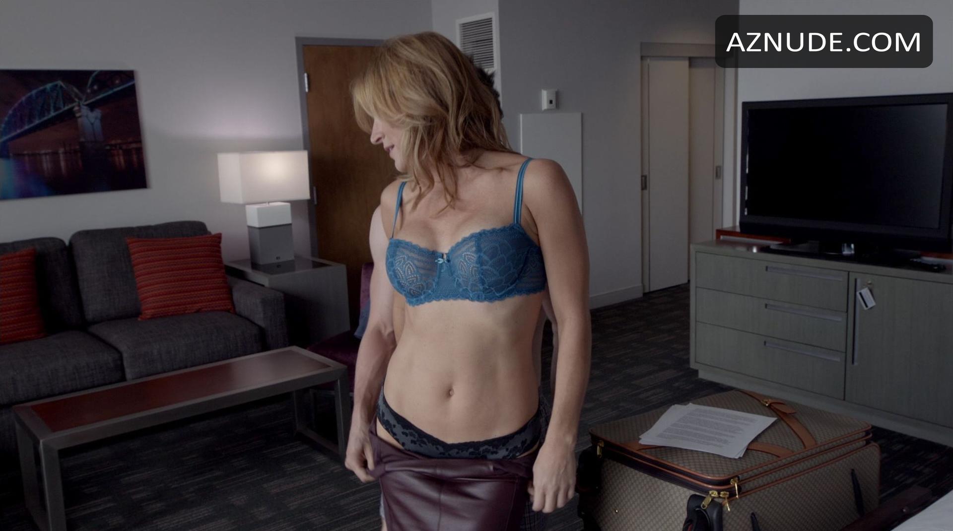 Sextube public handjob