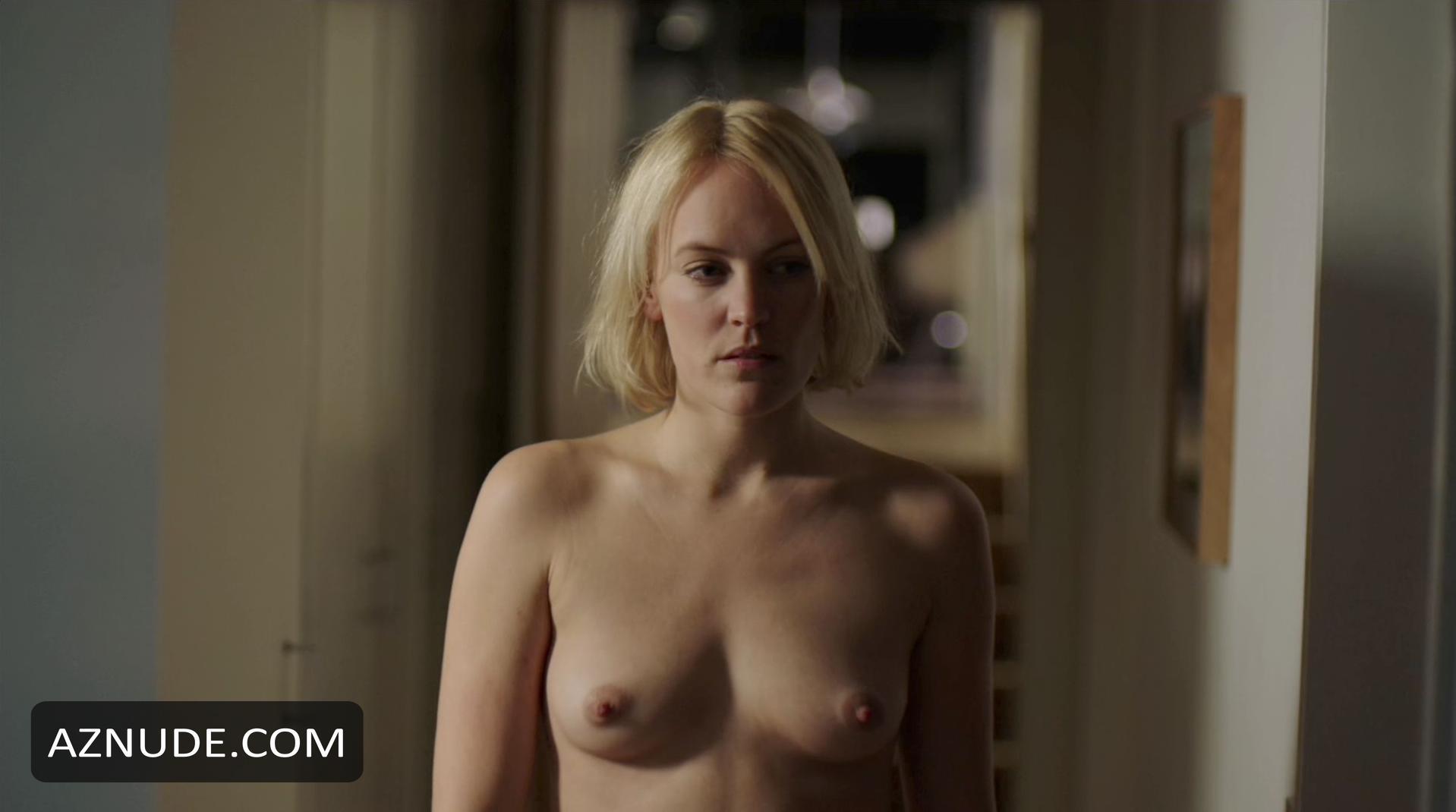Nackt  Sophie Museur ▷ Sophie