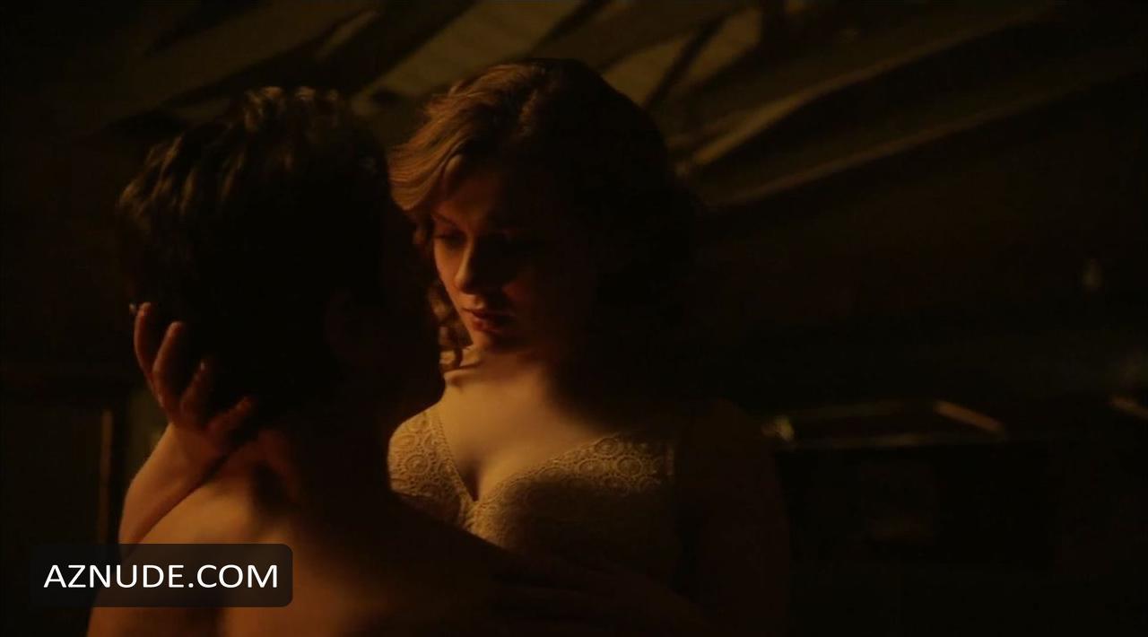 Abigail Breslin Sex Scene