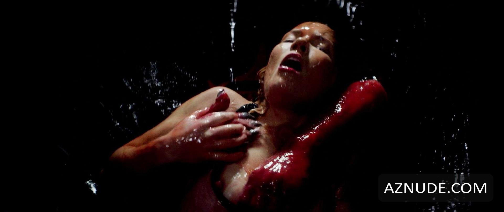 Natasha henstridge nude sex in species scandalplanetcom - 2 part 7