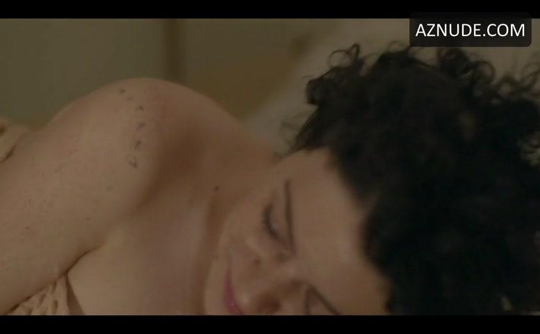 Alia Shawkat Nude, Lesbian Scene In Transparent - Aznude-5010