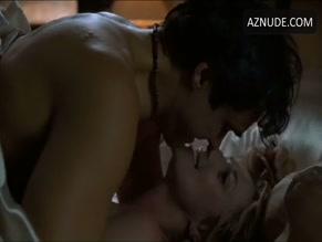 is amanda tapping a pornstar