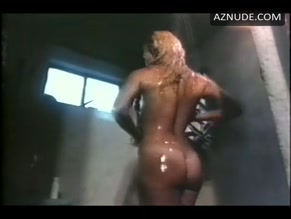 Superstar Naked Chained Angel HD