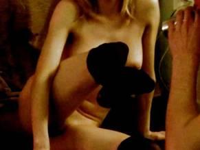 adeline rebeillard nackt