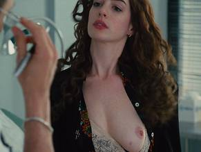 anne-hathaway-nude-sex-love-big-butt-free-gallery