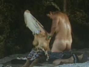 Ara mina nude painting