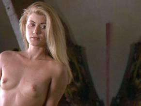 Nackt  Bridget White Bridget Moynahan