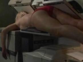 Smith nackt Caitlin  Courtney Thorne