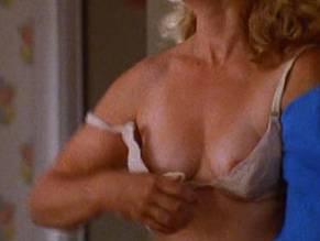 Melissa Troughtzmantz  nackt