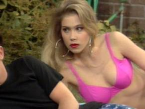 Nude kelly bundy christina applegate
