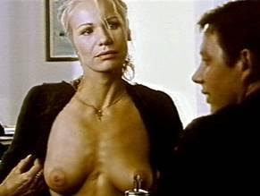 Claudine wilde nackt